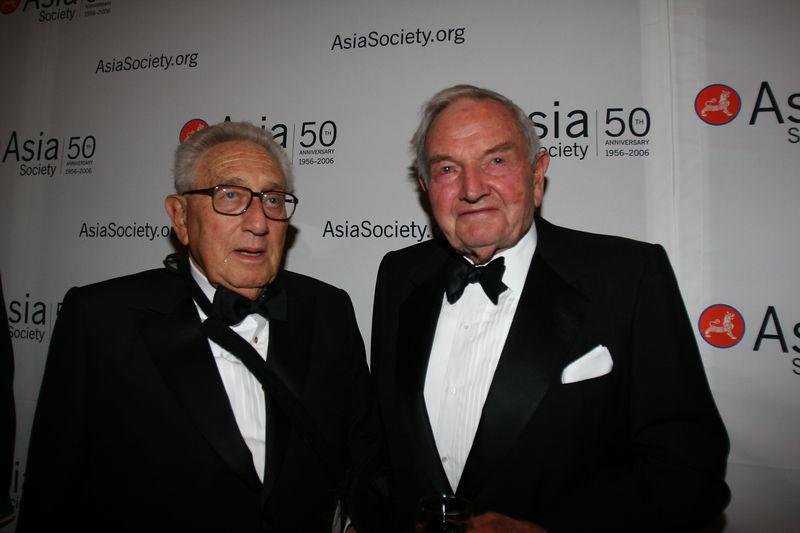 The Deep State: Follow the Rothschild, Soros, and Rockefeller Money Henry-kissinger-e-david-rockefeller